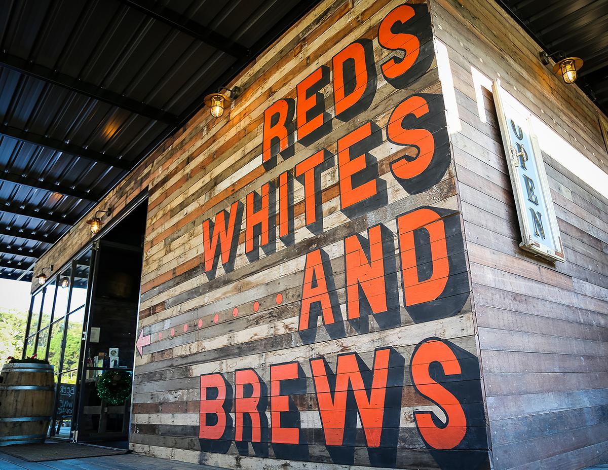 Honey Rogue Design Signage Murrays Brewing Bobs Farm