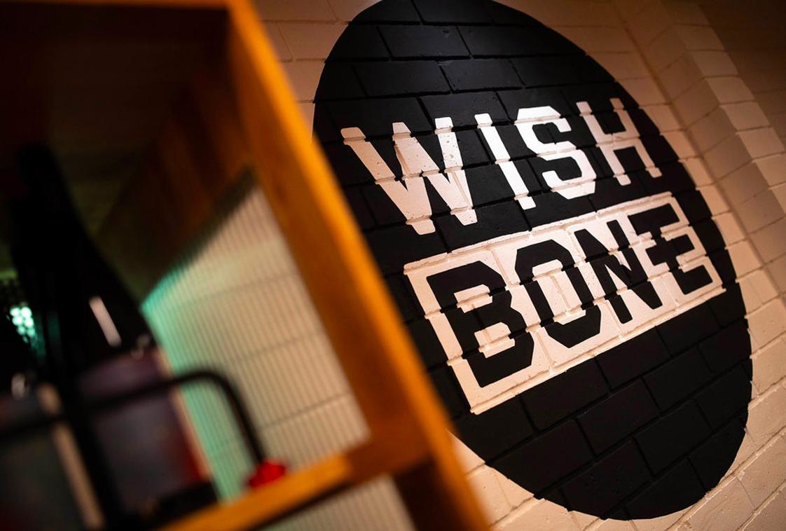 Honey Rogue Design Signage Wish Bone Restaurant